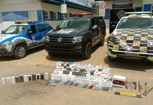 LEM: Ação integrada recupera mais de 300 aparelhos celulares furtados