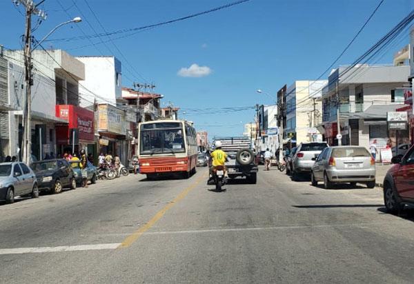 Parceria entre Prefeitura de Brumado e CDL ressalta a importância para a compra no comércio local