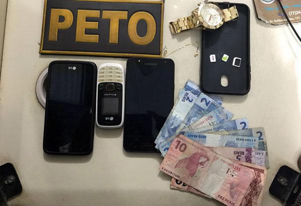 Polícia Militar age rápido, prende suspeitos e recupera produtos roubados em Brumado