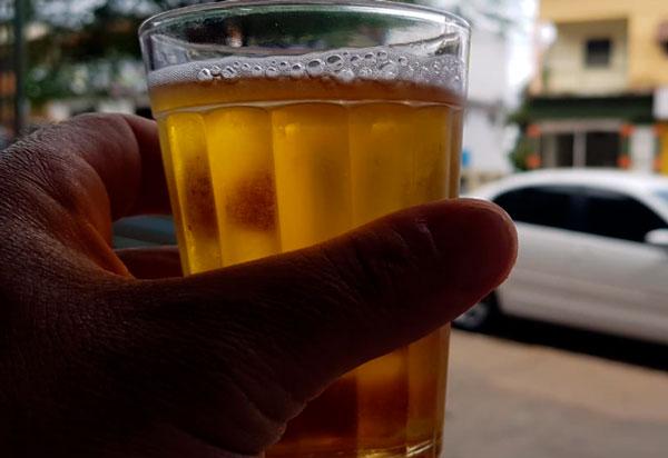 Toque de Recolher: Rui Costa proíbe venda de bebida alcoólica neste  final de semana