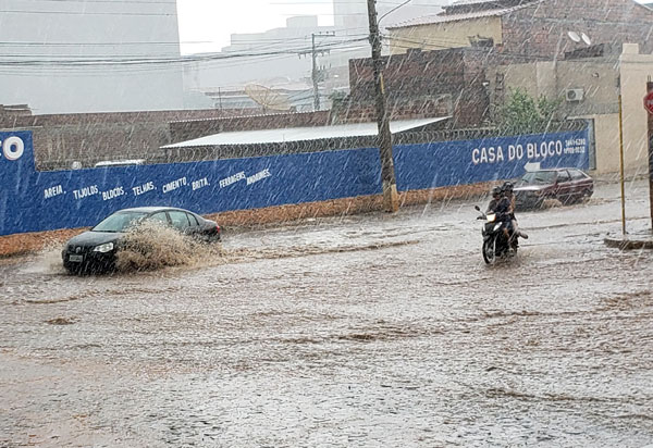 Previsão do Tempo aponta 38 mm de chuva para Brumado nesta terça-feira (03)