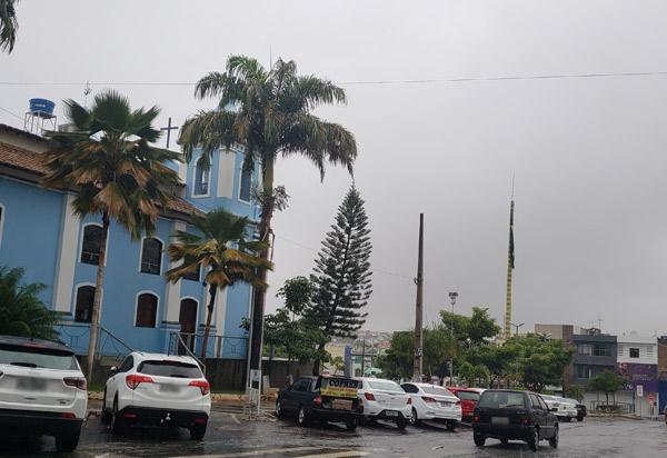 Tempo permanece  chuvoso em Brumado; há previsão de chuvas até a próxima semana