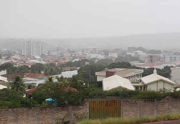 Final de semana pode ser de chuva em Brumado