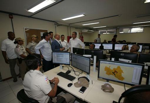 Na véspera da entrega de policlínica, Rui inaugura unidades de saúde e Cicom em Guanambi