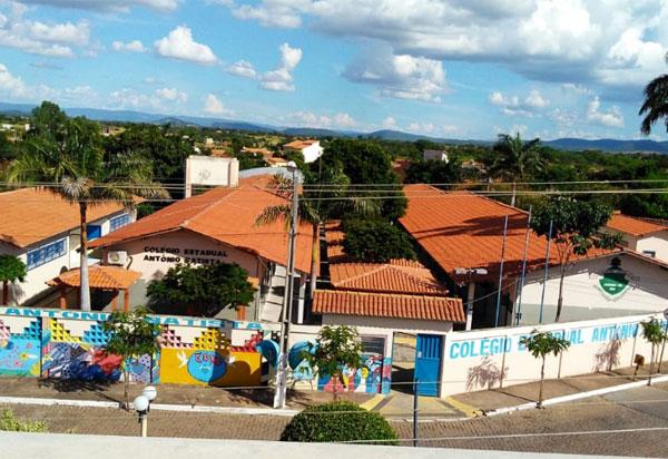 Colégios em Rio do Antônio e Candiba superam meta do IDEB