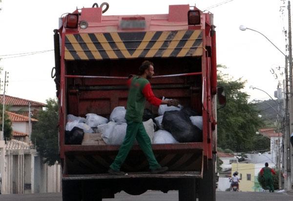 Brumado: devido a feriado, não haverá coleta de lixo doméstico e reciclável nesta terça (11)