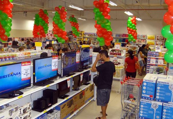 Consumo das Famílias ficou em 89,4 pontos em fevereiro