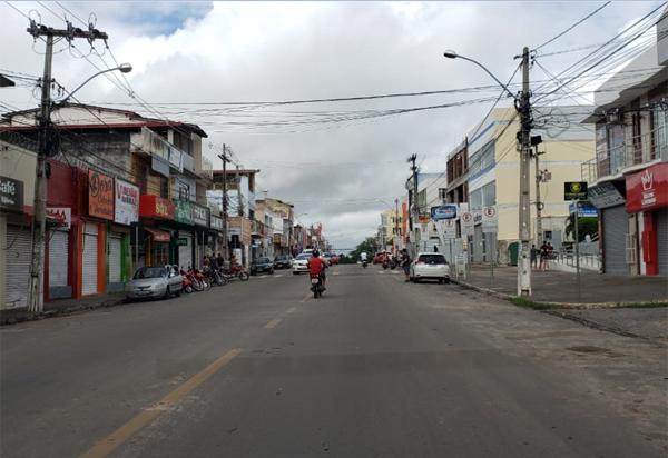 Brumado: empresários enviam petição ao prefeito e solicitam reabertura do comércio