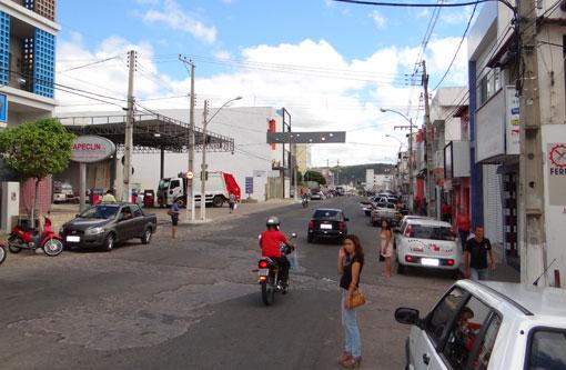 Brumado: CDL antecipa feriado do dia do comerciário