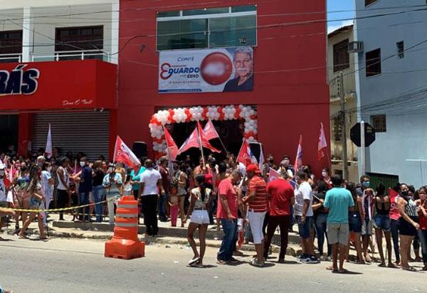 Eleições 2020: Eduardo Vasconcelos inaugura comitê central de campanha em Brumado