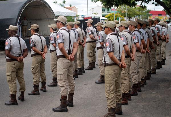 Rui anuncia mudanças no fluxo de carreira da PM para garantir mais promoções; 1.000 novos soldados serão convocados