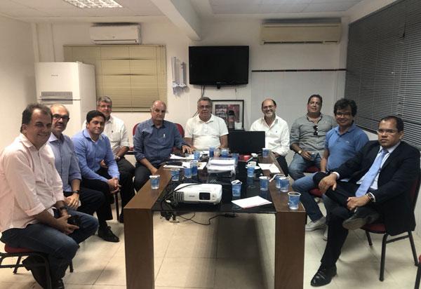 Vitória: Presidente Paulo Carneiro reúne-se com dirigentes e membros do Conselho de Administração