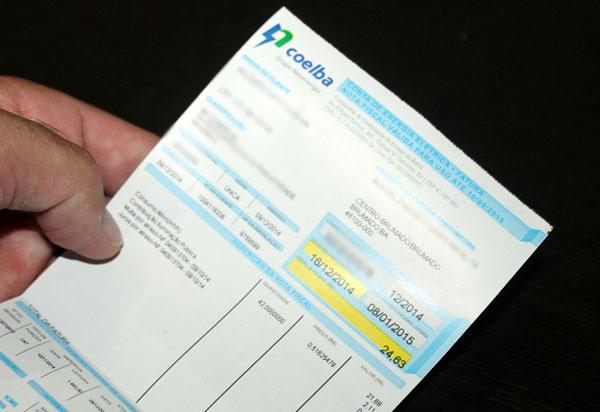 Deputados aprovam tarifa de energia gratuita para famílias de baixa renda