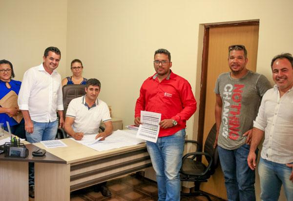 Empresa: Construmendes recebe ordem de Serviços em Cordeiros