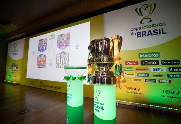 Sorteio define mandos de campo das semifinais da Copa do Brasil