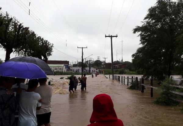 Após inundação, cidade baiana vai entrar em estado de emergência