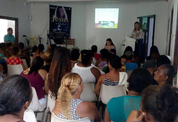 Brumado: CREAS realiza palestras em alusão ao Dia 08 de Março, dia da Mulher
