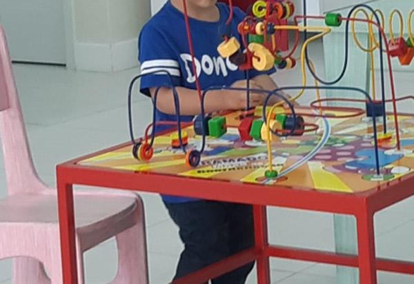 Brumado: pai de menino com Transtorno de Espectro Autista pede ajuda do poder público para tratamento