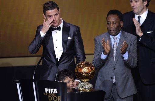 Cristiano Ronaldo é eleito o melhor do mundo