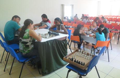 Aracatu: Professores recebem curso de Xadrez