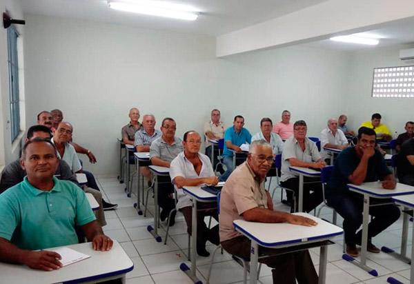 SMTT e SEST SENAT celebram o inicio do curso para toda a categoria de taxista em Brumado
