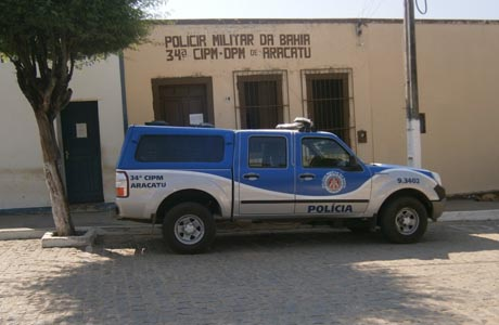 ARACATU: O ÚNICO DETENTO FOGE DA DELEGACIA
