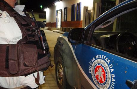Brumado: Jovens invadem casa de advogado, mas são detidos pela polícia