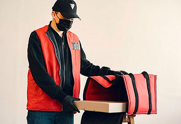 Deliveries de Bares e Restaurantes estão proibidos durante o toque de recolher