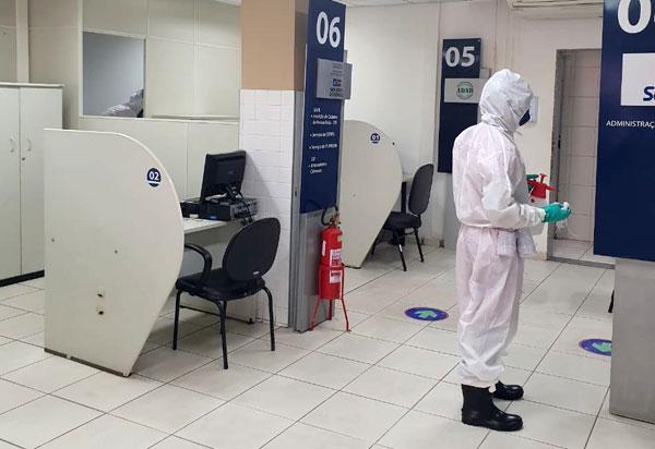Corpo de Bombeiros realiza desinfecção do SAC em Brumado