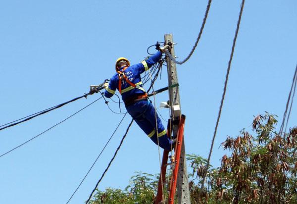 Brumado: fornecimento de energia elétrica será temporariamente interrompido no próximo sábado (22) na Praça Maria Perpetuo Cardoso Mangiere