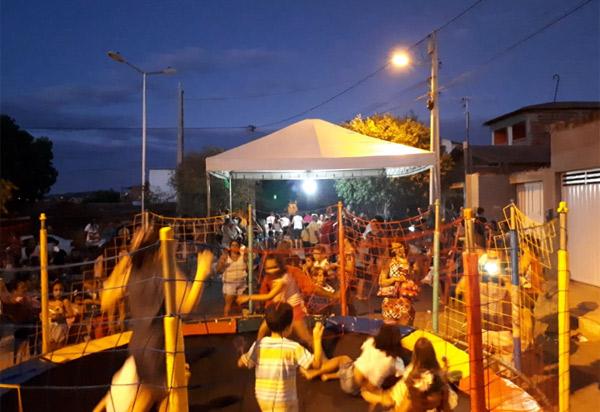 Brumado: moradores do Bairro Cidade das Esmeraldas promoveram festa do Dia das Crianças
