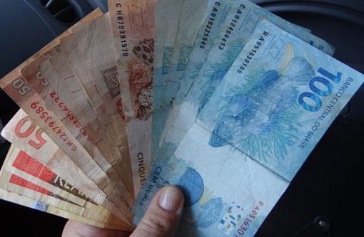 Salário mínimo será R$ 788, a partir de 1º de janeiro