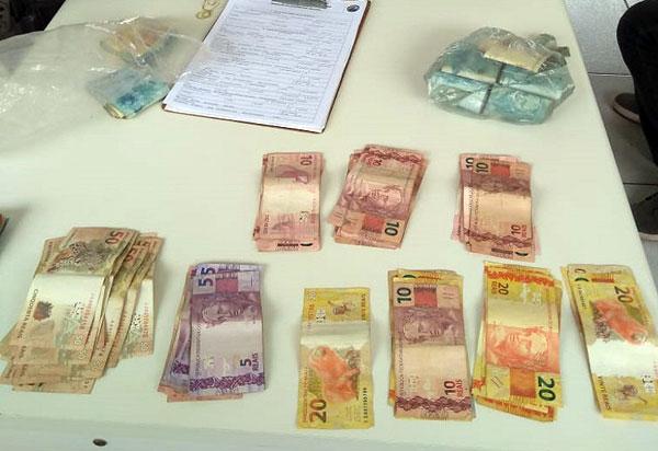 Polícia Rodoviária Estadual apreende quase R$ 80 mil sem comprovação de origem em veículo na BR-030, em Caetité