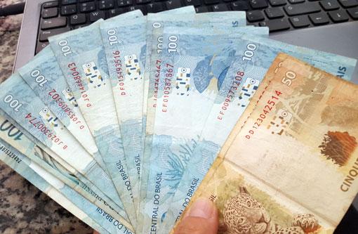 Receita paga hoje restituições do 6º lote do Imposto de Renda