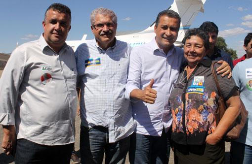 Barra da Estiva: Prefeito Dinho e ex-prefeita Dona Lúcia recepcionam Rui Costa em Brumado