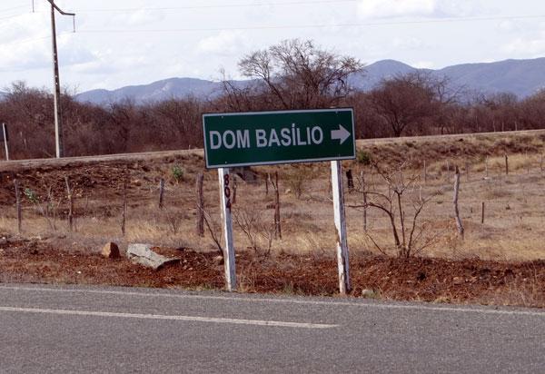 Dom Basílio: homem tem casa invadida e criminosos roubam R$ 20mil reais