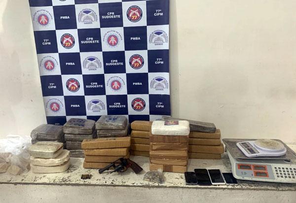 Quarenta quilos de drogas apreendidos em Conquista