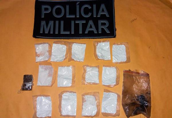 Homem é detido após ser flagrado com drogas no Bairro Primeiro Gole, em Livramento