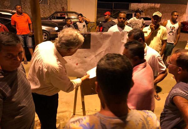 Prefeitura de Brumado realiza assinatura da ordem de serviços para implantação e modernização do campo da Vila Presidente Vargas