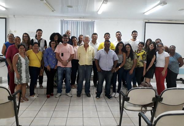 Brumado: prefeito Eduardo Vasconcelos se reuniu com os Bolsistas do PAEES