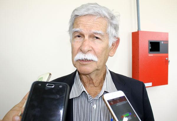 Na próxima segunda vereadores votarão sobre a admissibilidade/prosseguimento da denúncia para cassação do mandato do prefeito Eduardo Vasconcelos