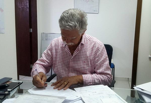 Prefeito de Brumado institui a Taxa de Acompanhamento, Registro e Fiscalização dos recursos minerais