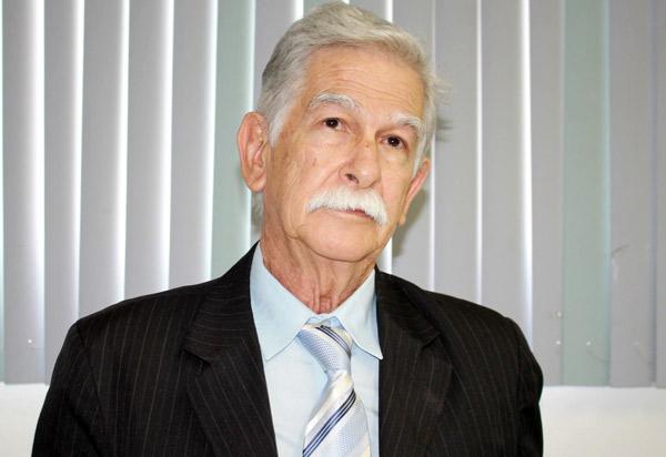 Brumado: Eduardo Vasconcelos diz que não buscará reeleição caso encontre nome para sucede-lô