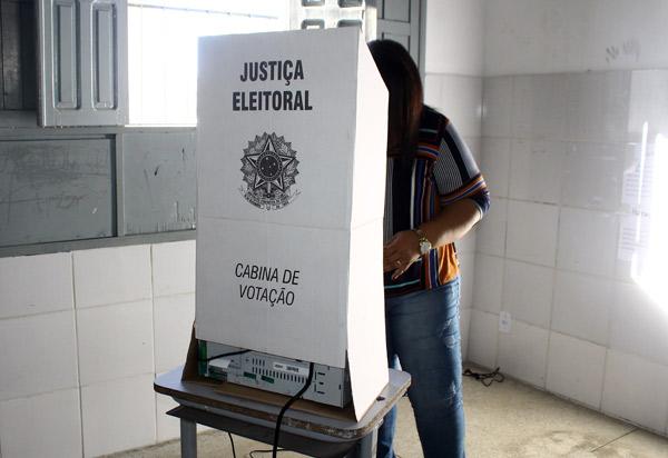 Eleitor que não votou no primeiro turno pode votar no segundo turno