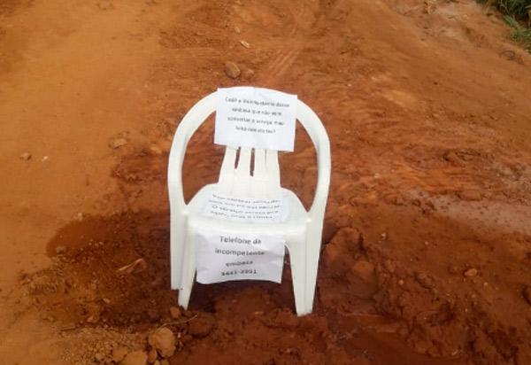 Em nota enviada ao Agora Sudoeste, Embasa diz que 'atua rapidamente após solicitação de correção de vazamento de água'