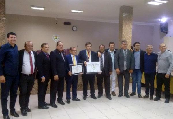 Brumadense Erivaldo Moura (Agrossolo) recebeu Título de Cidadão Petrolinense e medalha de Honra ao Mérito Dom Malan