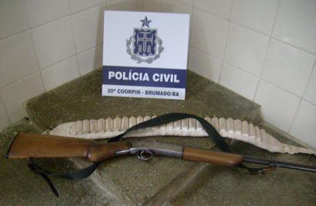 BRUMADO: POLICIA CIVIL APREENDE ARMA EM RESIDÊNCIA