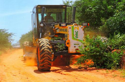 Prefeitura de Dom Basílio recupera estradas vicinais