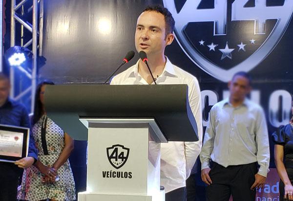 Fabricio Abrantes assume presidência do Democratas em Brumado