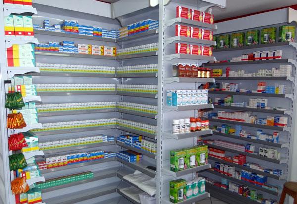 População brumadense reclama da falta de plantão noturno em farmácias